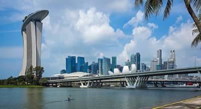Сингапур поделится с гражданами деньгами