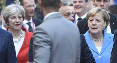 Инцидент между Меркель и Мэй назвали недоразумением