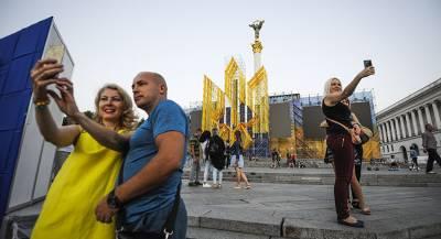 Как родственники Путина возвращают Украину