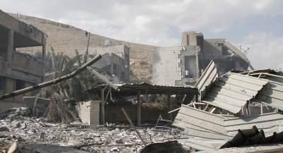 Сирия бомбит позиции террористов в Хаме