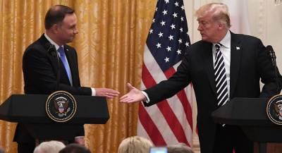 Дуда предложил назвать военную базу в Польше в честь Трампа