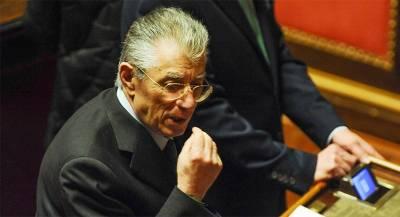 Итальянскому сенатору позволили избежать тюрьмы