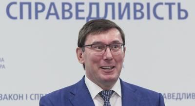 Кум Порошенко ищет нового покровителя