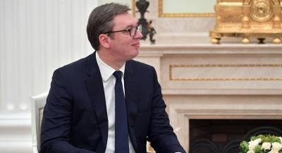 Президент Сербии привел армию в боевую готовность