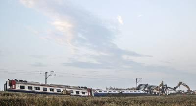 В ЮАР столкнулись пассажирские поезда