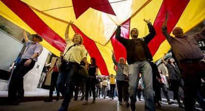 Премьер Испании призвал к новому референдуму в Каталонии