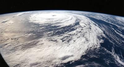 Ураган «Флоренс» набирает силу на подходах к США