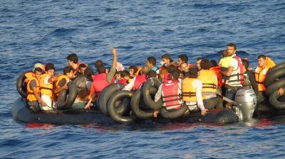 Военные вМарокко обстреляли лодку смигрантами