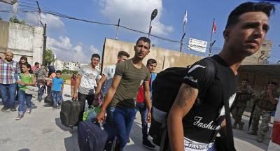 Сотни сирийских беженцев вернулись за сутки домой