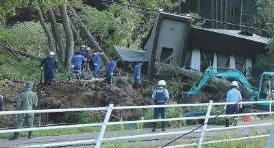 Жертвами землетрясения в Японии стали 13 человек