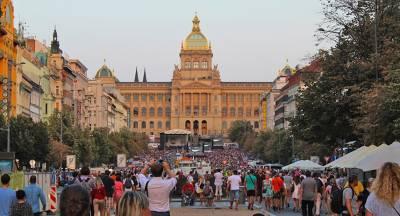 Польша считает необходимым улучшение отношений с Россией