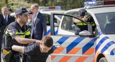 Урадикалов вГолландии изъяли центнер взрывчатки