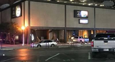 Внедорожник протаранил офис телеканала Fox News