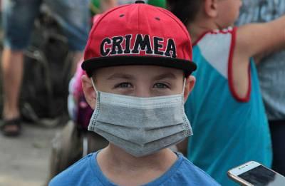 «Женщины плачут. Мы видим, что происходит трагедия». Из Армянска эвакуированы около трех тысяч детей