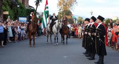 Абхазия отметит юбилей независимости военным парадом
