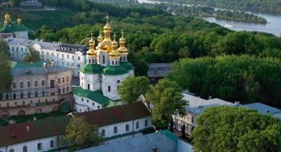 В УПЦ опасаются захвата монастырей и храмов