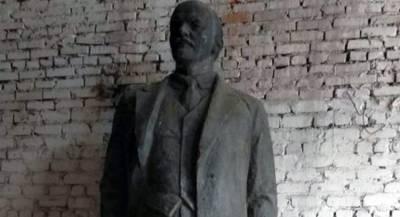 Демонтированный памятник Ленину ушёл с молотка на Украине
