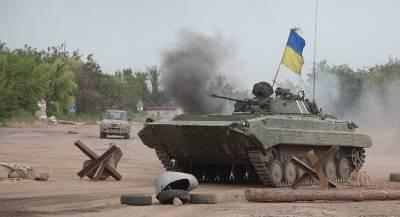 ВСУ перебросили «Уралы» и БТР к границе ЛНР