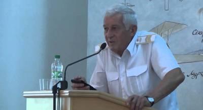 Умер бывший министр обороны Украины