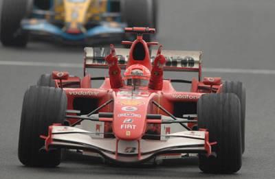 Москвич продает легендарный болид «Формулы-1»