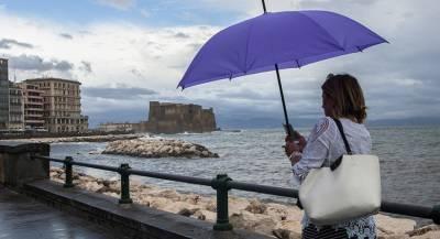Шторм остановил авиасообщение с Сицилией