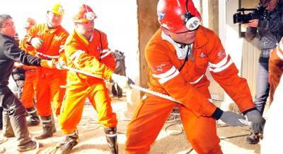 Жертв обрушения на шахте в Китае стало больше