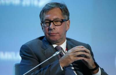 Петр Авен: отказ от доллара приведет к тому, что можно будет менять топор на шкуру
