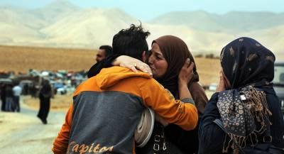 Сотни беженцев вернулись в Сирию из других стран