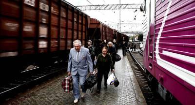 Начальник украинского поезда на ходу вытолкнула пассажира