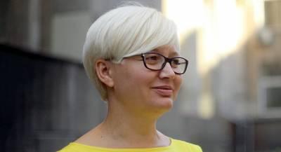 Писательница устроила скандал из-за русского языка