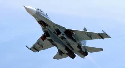 Украина заявила о пролете Су-27 вблизи кораблей ВМС