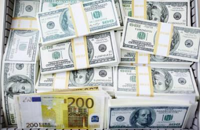 Сила в традициях: российские миллионеры хранят большую часть денег за рубежом