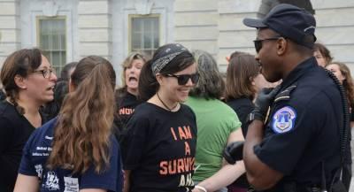 В Вашингтоне задержано более 160 протестующих против Кавано