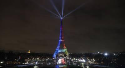 Эйфелева башня погаснет в память о жертвах в Питтсбурге