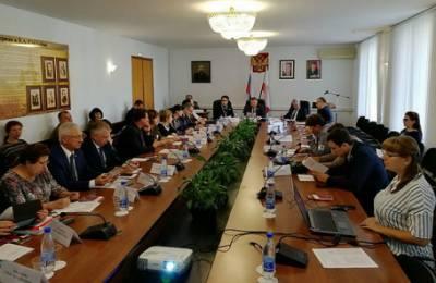 Саратовский экс-министр Соколова, известная по совету есть «макарошки», получала от государства матпомощь