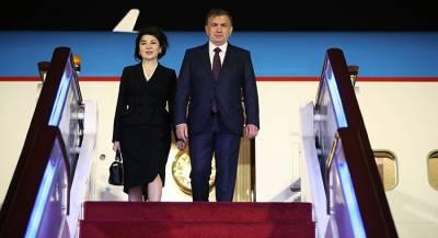 Зачем президент Узбекистана едет к Макрону