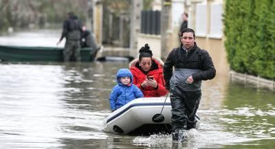 Во Франции сообщили об угрозе наводнения