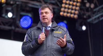Тягнибок отказался от участия в выборах президента Украины