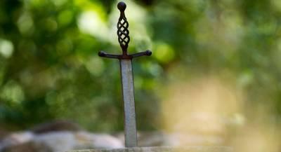 В Швеции ребёнок нашёл средневековый меч