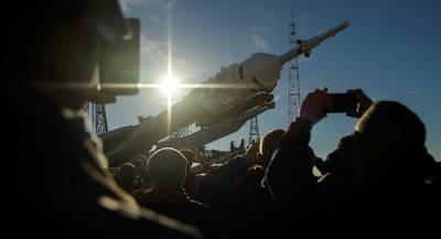 NASA готовится отправить экипаж на российском «Союзе»