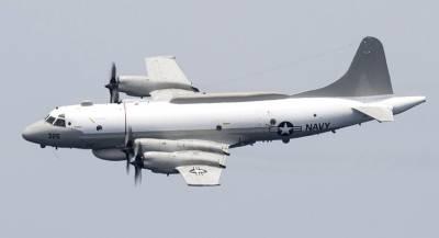 Перехват самолёта ВМС США спровоцировали американцы