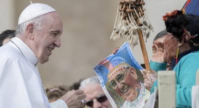 Папа Римский призвал извлечь уроки из мировых войн