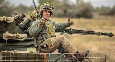 ВСУ подвозят боеприпасы к линии соприкосновения в Донбассе