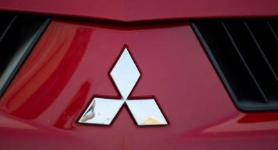Главу концерна Mitsubishi лишают поста директора