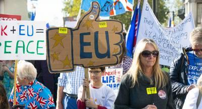Мэй оставит Британию в таможенном союзе ЕС