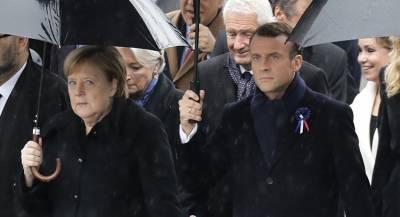Меркель перепутали с женой президента Франции