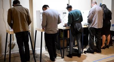 Избиратели в США столкнулись с закрытыми участками