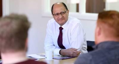Министр по делам Северной Ирландии ушёл в отставку