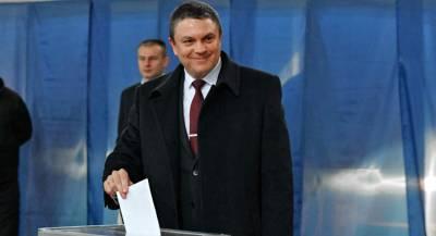 Пасечник лидирует на выборах главы ЛНР