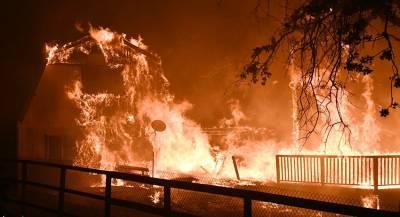 Число жертв пожаров выросло в Калифорнии